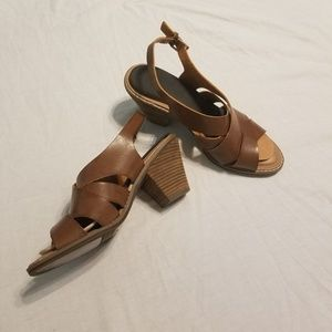 Dr. Scholls Size 10 Strappy Heeled Sandals
